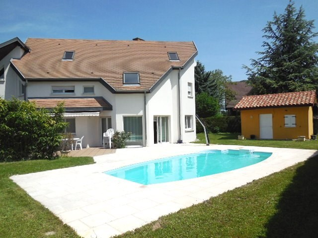 Strasbourg ouest village residentiel superbe for Jardin et piscine